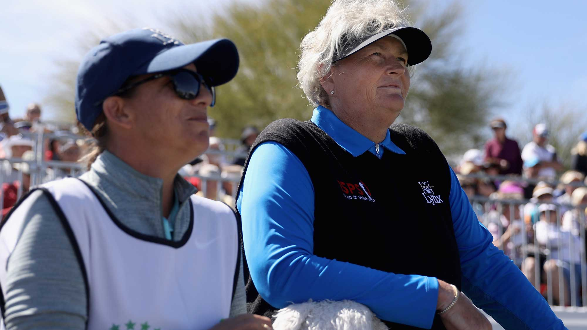 Laura Davies Prepares to Tee Off at Founders Cup