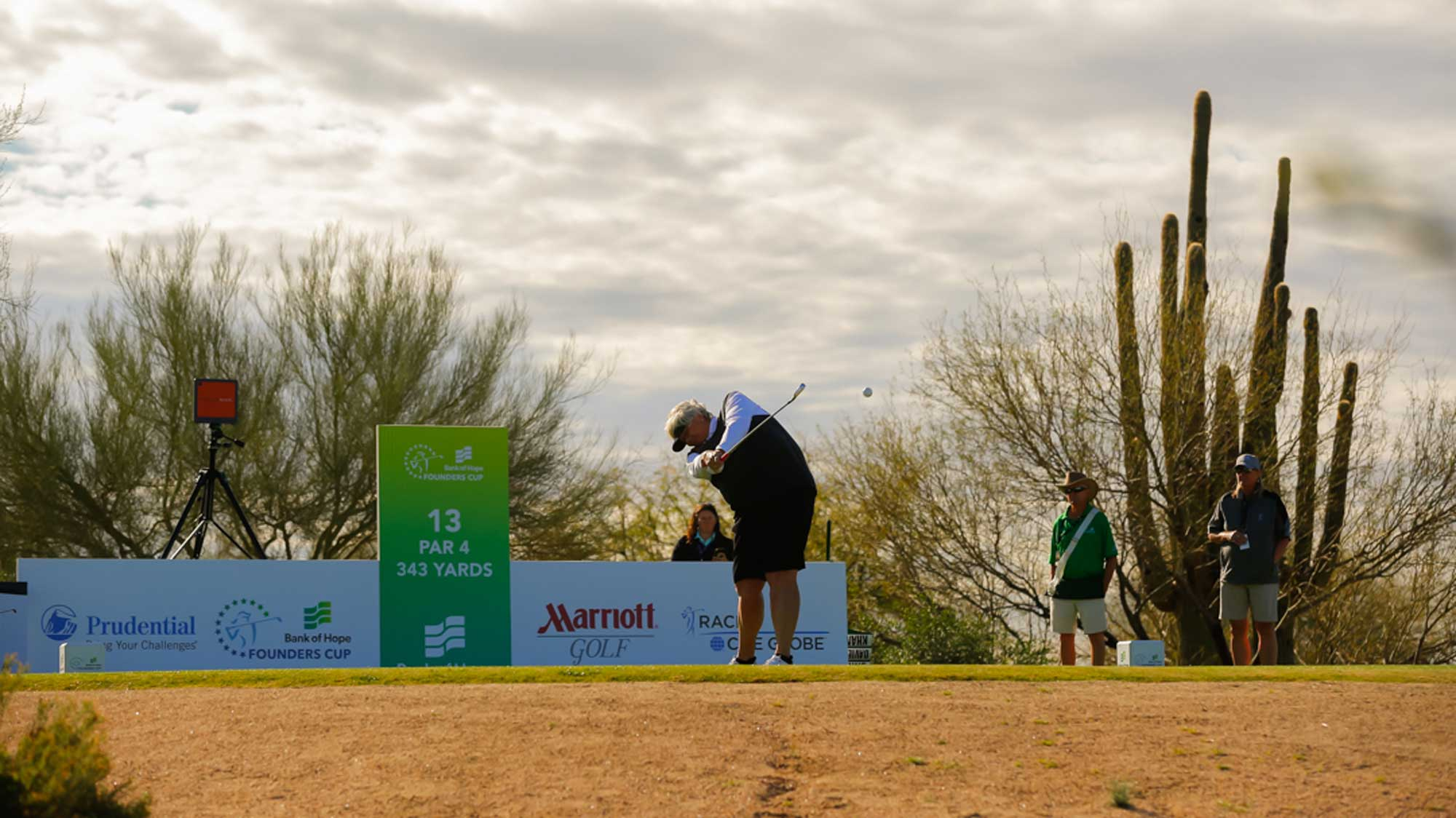 Laura Davies Takes an Early Morning Swing at Founders Cup
