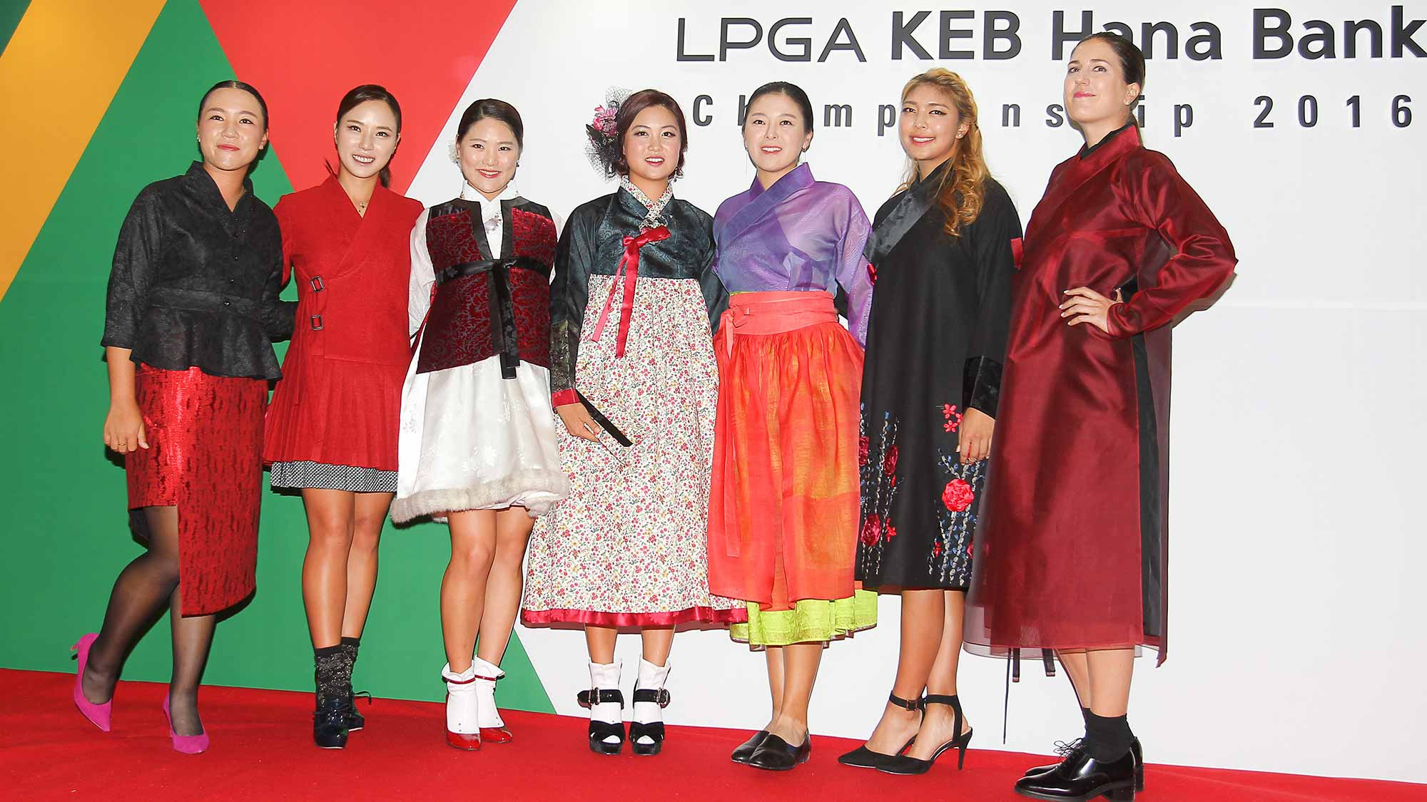 Players pose for a photo at the LPGA KEB Hana Bank Pro-Am Party
